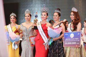 Hoa hậu Áo dài Phạm Thị Cúc được vinh danh Top 10 Sao Kim - Lãnh đạo Toàn năng châu Á