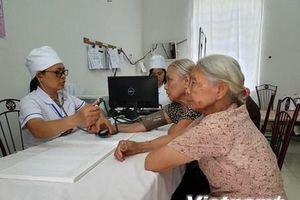 Trạm y tế xã: Cở sở vật chất mang tính hình thức, máy móc gây lãng phí