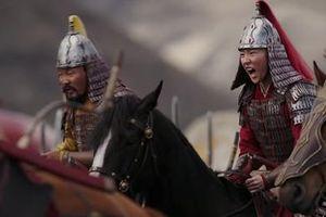 Chân Tử Đan, Lý Liên Kiệt ở đâu trong trailer 'Mulan'?