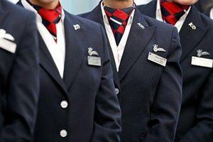 Khỏa thân chạy quanh khách sạn, phi hành đoàn British Airways mất việc