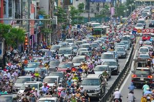 Phó chủ tịch Hà Nội: 'Cấm xe máy vào nội đô phải nghiên cứu rất kỹ'