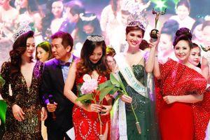 Hồ Oanh Yến xuất sắc đăng quang Queen Of Beauty World 2019