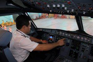 Vừa thành lập hãng bay, Vingroup thành lập ngay trường đào tạo phi công