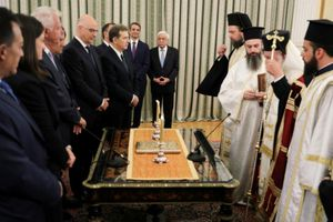 Chính phủ mới của Hy Lạp tuyên thệ nhậm chức