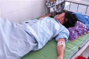 Vụ trẻ sơ sinh bị kéo đứt cổ: Lộ bản tường trình viết tay của kíp trực
