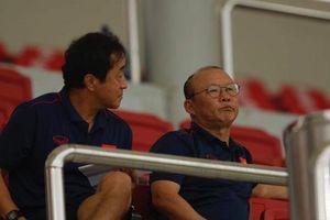 Thầy Park trầm ngâm khi U22 Việt Nam gặp khó vì học trò HLV Hoàng Anh Tuấn