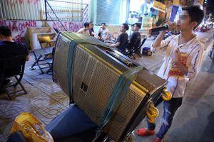 TP.HCM 'siết' kinh doanh loa công suất lớn vì chịu hết thấu tiếng ồn karaoke dạo