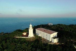 Ngắm ngọn hải đăng cổ nhất Việt Nam