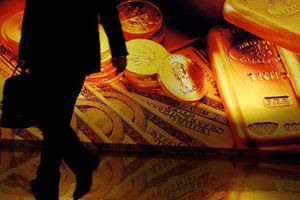Trung Quốc tiếp tục loại bỏ đồng đôla Mỹ và mua vàng số lượng lớn