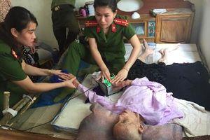 Thanh Hóa: Công an huyện tới tận bệnh viện làm thẻ Căn cước cho dân