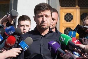 Ông Poroshenko chỉ ra 'mối đe dọa' đối với Ukraine qua bài phát biểu của TT Zelensky