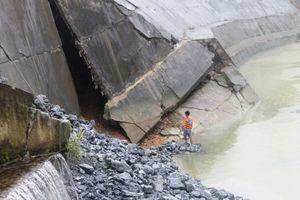 Hà Giang: Khắc phục sự cố sạt trượt tường kè hạ lưu thủy điện Sông Lô 2