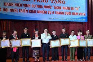20 cá nhân tỉnh Điện Biên được trao tặng danh hiệu 'Nghệ nhân Ưu tú'