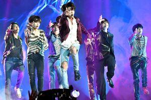 Kiếm 57 triệu USD, BTS là nhóm nhạc nam có thu nhập cao nhất thế giới