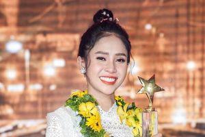 Hot girl đội Ngọc Sơn giành quán quân Thần tượng Bolero 2019