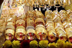 Tăng mạnh, vàng SJC gần chạm mức 39,5 triệu đồng