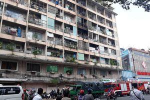 Giải cứu kịp thời 28 người bị kẹt trong vụ cháy KTX trường Cao Thắng