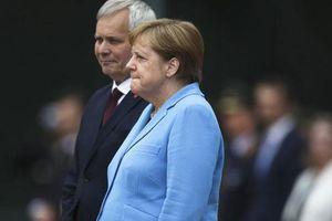 Thủ tướng Đức Angela Merkel tiếp tục 'run bần bật' khiến dư luận dậy sóng
