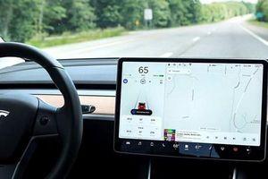 Cựu nhân viên Tesla thừa nhận tải mã nguồn xe tự lái lên mạng iCloud
