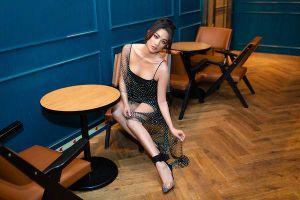 Yaya Trương Nhi 'lột xác' với đôi môi căng mọng, mặc váy ngắn khoe chân dài thẳng tắp