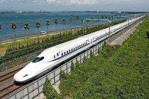 Đường sắt cao tốc Bắc-Nam: Nên 'liệu cơm gắp mắm'!