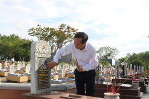 Bộ trưởng Đào Ngọc Dung: Máu đào các anh hùng liệt sĩ góp phần xây dựng đất nước đàng hoàng, to đẹp hơn