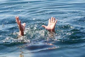 Hai em nhỏ đi câu cá bị đuối nước thương tâm