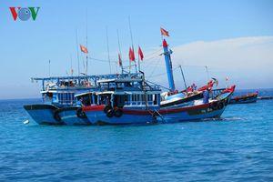 Ngư dân Lý Sơn cứu sống 32 ngư dân nước ngoài
