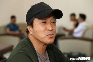 Trợ lý HLV Park Hang Seo bật cười, phủ nhận thân phận 'triệu phú USD'