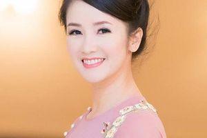 Lý do ca sĩ Hồng Nhung hát ca khúc 'Nhớ về Hà Nội' thành 'phở Hà Nội' để quảng cáo