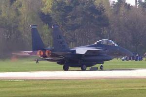 Máy bay chiến đấu F-15 của Mỹ với radar 'mắt rồng' được triển khai đến Trung Đông