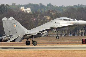 Máy bay chiến đấu Ấn Độ được trang bị tên lửa Brahmos 'khủng' phát triển chung với Nga