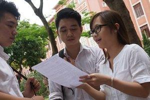 Những thí sinh đầu tiên trúng tuyển vào Trường ĐH Khoa học Xã hội và Nhân văn