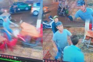 Clip giang hồ Nha Trang lái xe tông bàn ghế và bảo vệ quán nhậu, khách sợ bỏ chạy