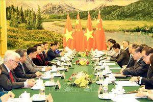 Chủ tịch Quốc hội Nguyễn Thị Kim Ngân làm việc với Chủ tịch Chính hiệp Trung Quốc Uông Dương