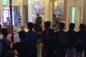 Hải Dương: 'Đột kích' quán karaoke, tạm giữ 60 'dân chơi' đang 'bay lắc'