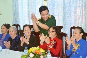 Quảng Ngãi: Thượng tướng Lê Chiêm thăm, tặng quà tại Trung tâm điều dưỡng người có công