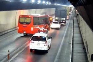 Những hiểm họa trong hầm Hải Vân do tài xế vượt ẩu