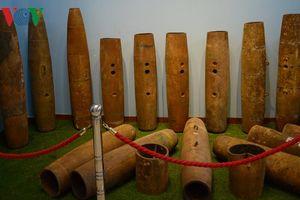 Vì sao hiện nay đất đai Campuchia còn rất nhiều bom mìn?