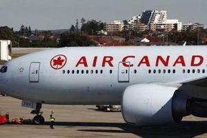 Máy bay Canada chở 284 người gặp sự cố, nhiều trường hợp bị thương