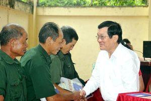 Nguyên Chủ tịch nước Trương Tấn Sang trao 276 căn nhà tặng cựu binh Vị Xuyên