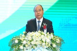 Thủ tướng Nguyễn Xuân Phúc thăm bệnh viện Nhi Trung ương