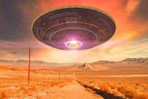 500.000 người rủ nhau đột nhập kiểu Naruto vào khu quân sự để xem UFO