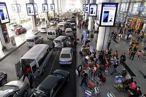 Đi máy bay bị taxi săn đón, nghi vấn hãng hàng không 'bán' thông tin khách hàng