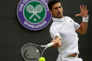 Novak Djokovic lập kỷ lục lần thứ 6 vào chung kết Wimbledon