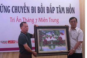 Báo Pháp luật Việt Nam sẻ chia với các hoàn cảnh khó khăn trên hành trình bồi đắp tâm hồn