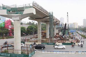 Metro Hà Nội bị 'dọa' dừng thi công