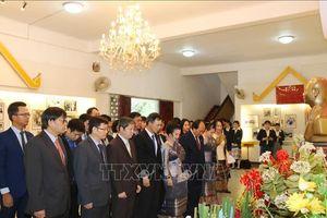 Đại sứ quán Việt Nam tại Lào tham dự Kỷ niệm 110 năm Ngày sinh Chủ tịch Suphanouvong
