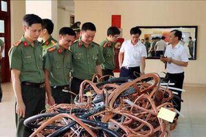 Nam Định: Đã bắt được tên trộm 'viếng thăm' hàng loạt trạm biến áp.