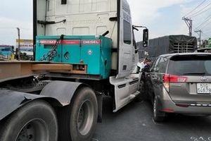 Tai nạn kép, cao tốc TP HCM – Trung Lương ùn ứ kéo dài